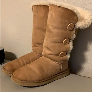 Ugg Bailey button boots women's size 8